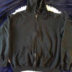 5/$25 Fruit of the Loom Black Zipper Hood Jacket